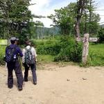 右に行けば尾瀬ヶ原、左に進めば至仏山