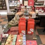 店内の商品も一つひとつがオリジナリティがあって日本人には魅力的