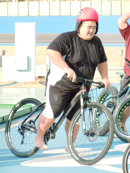 大相撲初場所で初優勝の琴奨菊、綱とりへ始動