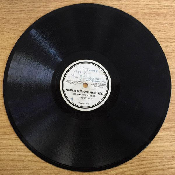 ビートルズの希少なデモレコードを競売へ