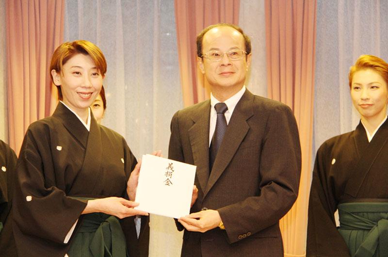 宝塚歌劇団ら東京で台湾に感謝と慰問のイベント