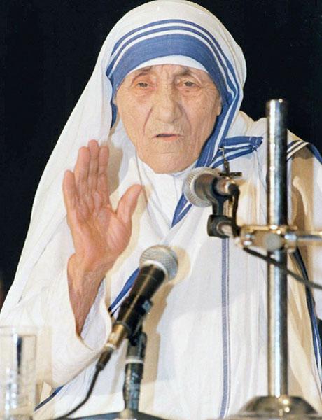 マザー・テレサ、9月にバチカンで列聖式