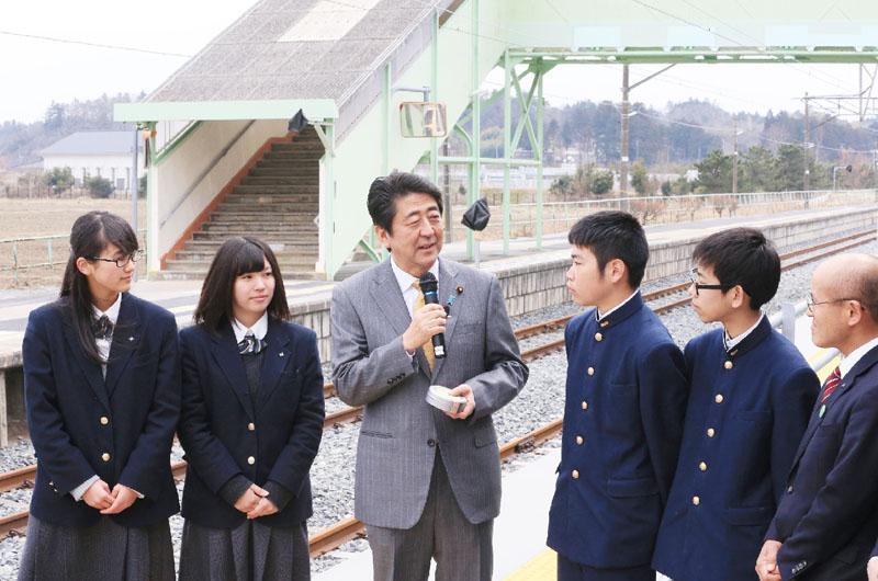 安倍首相「JR常磐線の全面開通を急ぐ」