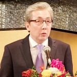 ソムキット副首相