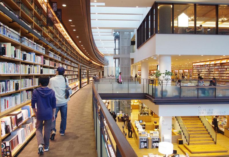 「ツタヤ図書館」入館者数が1カ月間で17万人突破