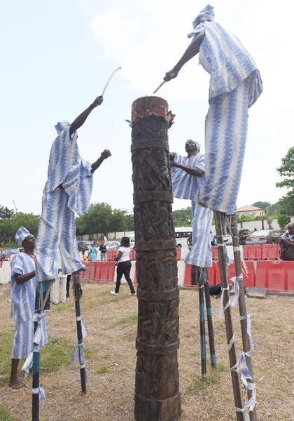 響け!伝統の太鼓、豊かな文化遺産を披露