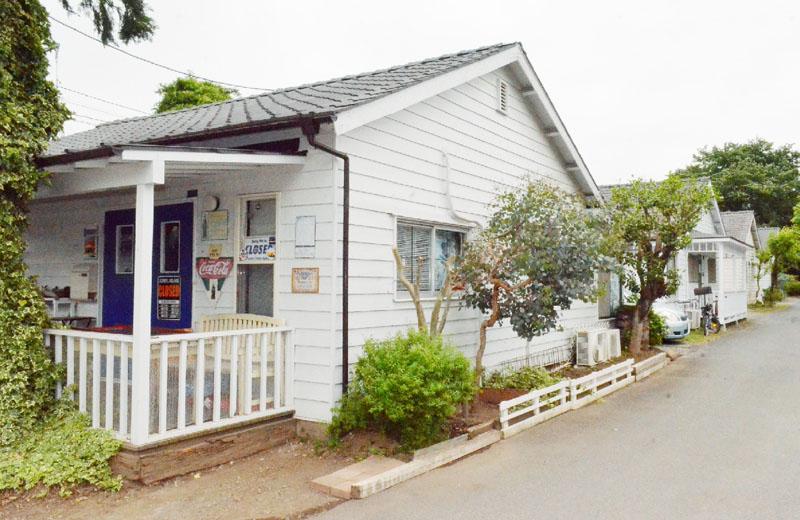 白壁の住宅街「ジョンソンタウン」が人気