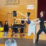崔由姫さんら、被災地で世界水準の踊りを披露