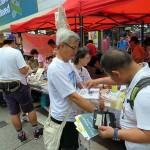7月1日の支援募金活動では新政党の香港衆志が50万香港ドル(1香港ドル=13円)、公民党が44万香港ドル、社民連が42万香港ドルを集めた