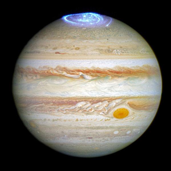 欧州宇宙機関、木星のオーロラ画像を公開