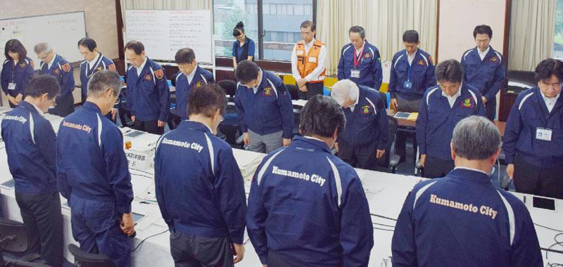 熊本地震発生から3カ月、犠牲者の冥福を祈る