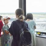 被災地の親子、夏の「課外授業」を楽しむ