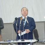 安慶田副知事辞任、問われる翁長知事の任命責任