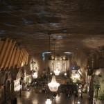 ヴィエリチカ岩塩坑内の礼拝堂の二階からの眺め