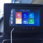 Ecolines bus の各座席のスクリーン 東ヨーロッパの各言語と用途が選べる画面