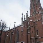 優美な姿で出迎えてくれるセント・ジェームズ大聖堂