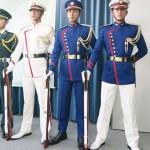 防衛省、儀仗隊の制服を52年ぶりに改正