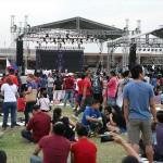 会場に設置された大型ステージ