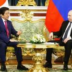 プーチン氏(右)安倍首相
