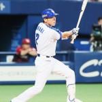 中日の荒木雅博内野手、力まず2000安打を達成