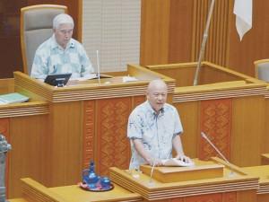 辺野古移設、県議会が「工事差し止め訴訟」可決