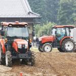 農機メーカー3社、自動運転農機の本格販売へ