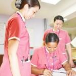 日本人看護師、「患者第一」の精神を伝える