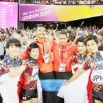 世界陸上で日本、男子400メートルリレーで銅