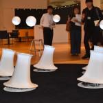 Ryo Kishi氏の「ObOrO」。送風だけで高さを保つデザイン照明