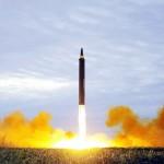 中距離弾道ミサイル「火星12」