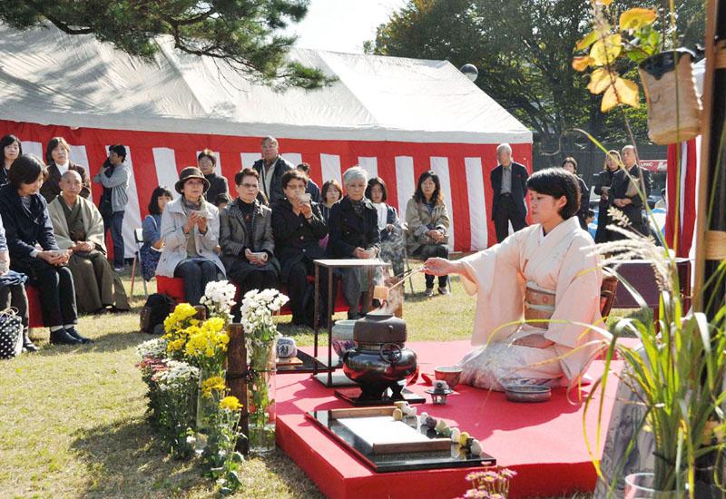 埼玉県狭山市、ふるさと納税で大茶会を体験