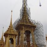 タイのプミポン前国王の火葬へ、準備は着々