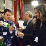 ロンドンの国会議事堂内に「福島の酒」香る
