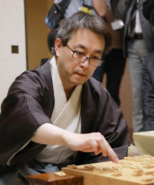 羽生善治棋聖、史上初の永世7冠を達成 | オピニオンの「ビューポイント」