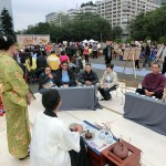 台北市内で行われた平和茶話会では和服でもてなす茶会のケースも