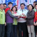 12月19日、台湾北部・桃園市の趙正宇立法委員候補の応援で演説する民進党総統候補の蔡英文党主席