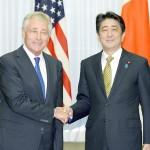 日米同盟と集団的自衛権、ヘーゲル米国防相が行使容認を支持