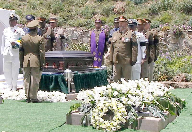 マンデラ元大統領、故郷東ケープ州クヌで国葬