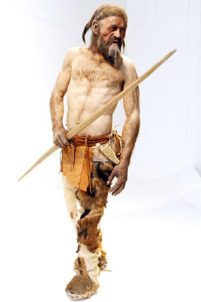 5300年前のミイラ「アイスマン」に「親戚」19人