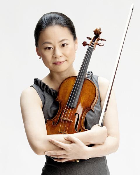 バイオリニスト五嶋みどりさん、グラミー賞獲得