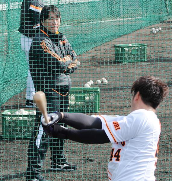 松井秀喜氏、臨時コーチでキャンプに参加