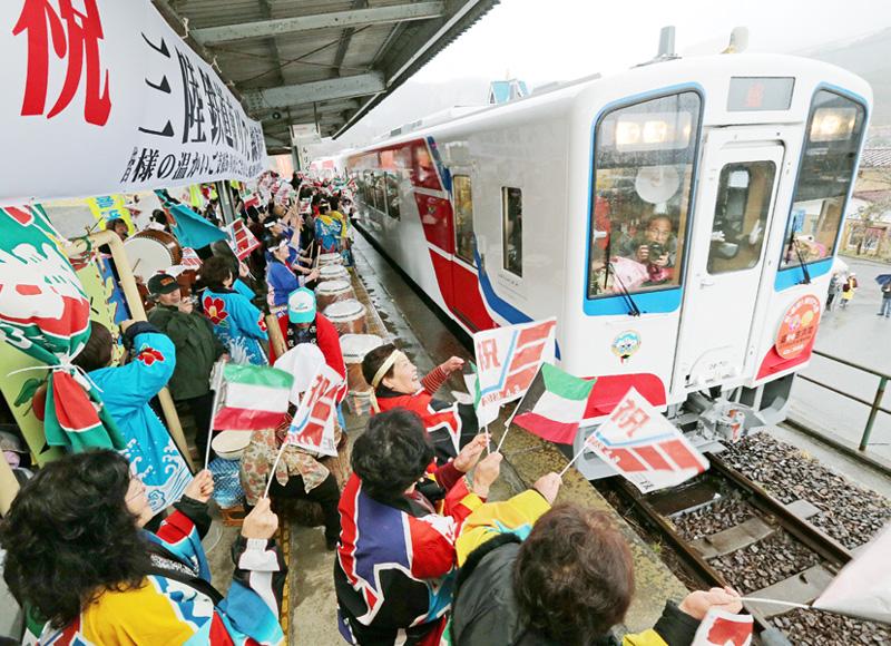 JR東日本、山田線の地元への事業移管を検討
