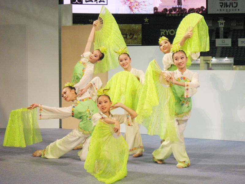 台湾の舞踊団「水精霊児童舞団」が来日