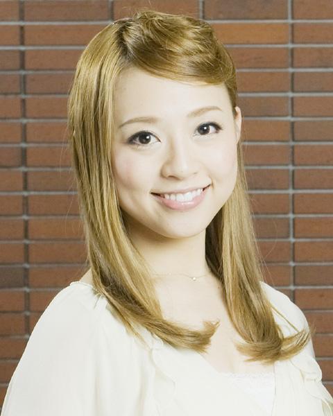 宝塚歌劇団、雪組トップ娘役愛加あゆさん退団へ