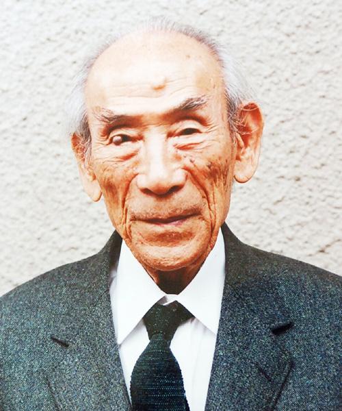 詩人のまど・みちおさん死去、104歳