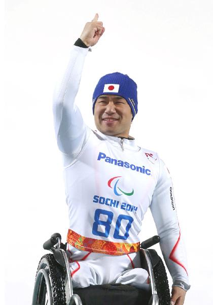 鈴木猛史選手、つらい記憶を歓喜の記念日に