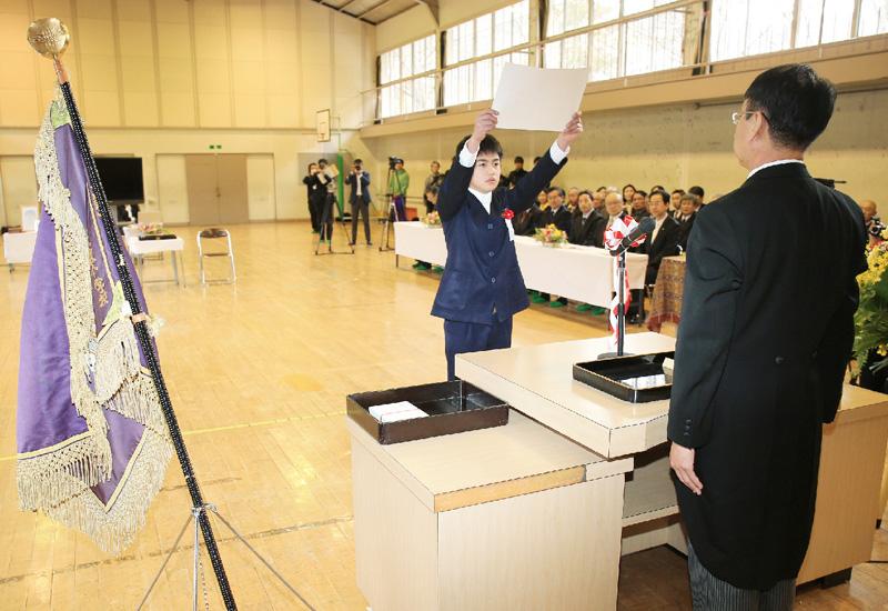 福島の小学校で、たった1人の卒業式