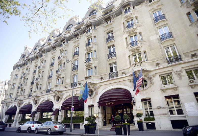 パリの高級ホテル「ルテシア」、改装で休業