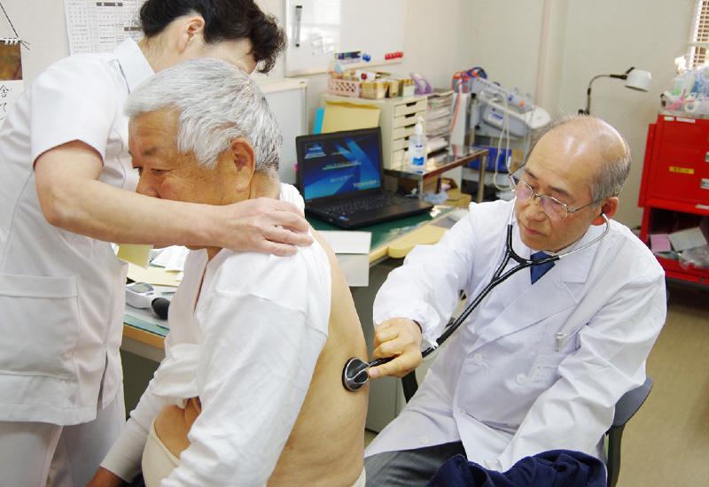 福島・南相馬、避難区域で病院再開
