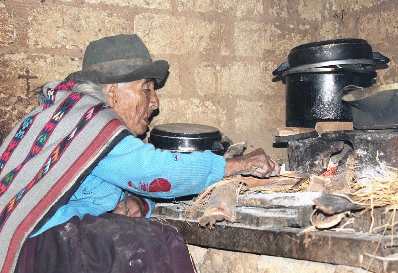 世界最長寿はペルー人女性で116歳4カ月